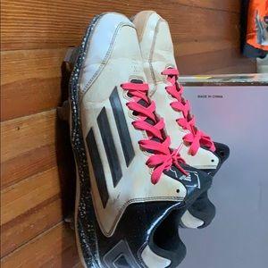 Baseball cleats